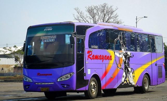 Hasil gambar untuk bus ramayana palembang