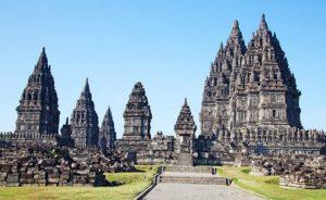 Wisata Sejarah Candi Prambanan