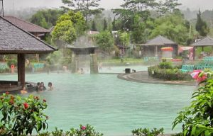 Wisata alam pemandian air panas ciater