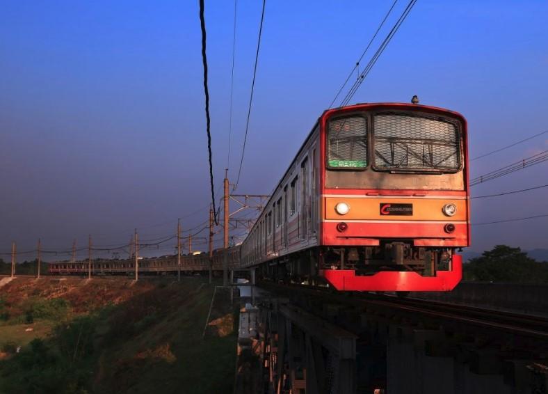 KRL Commuter Line Bekasi