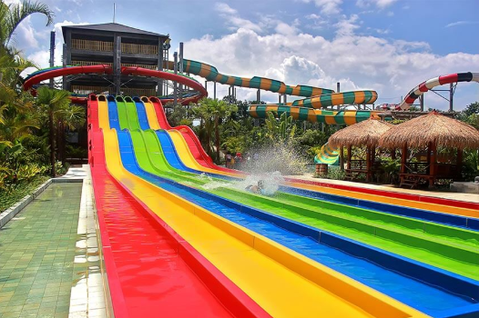 Wahana seru di Jogja Bay Waterpark